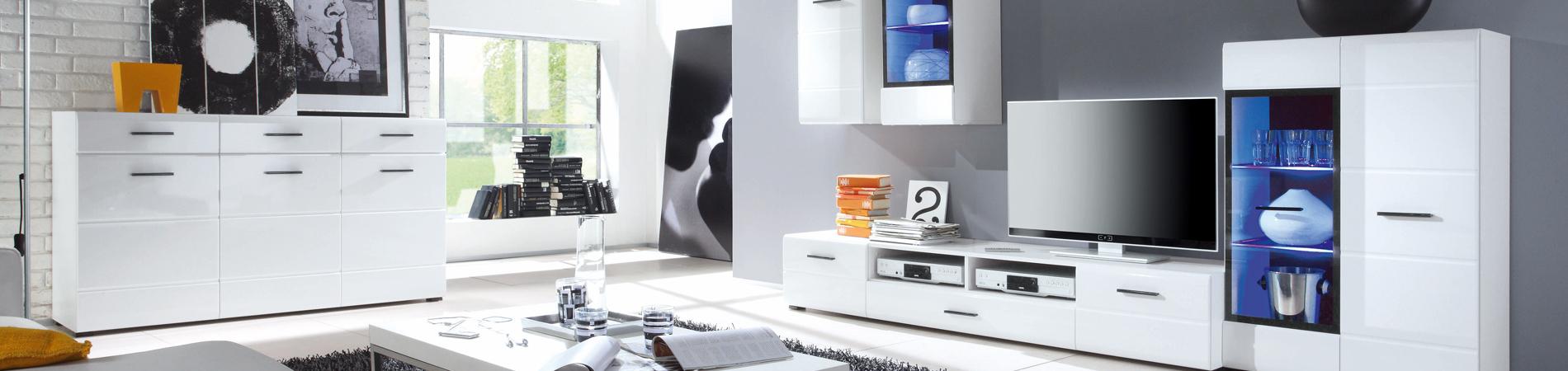 Unser Einrichtungshaus hält für Sie aktuelle, trendige Wohnideen für alle Bereiche des Wohnens und Lebens bereit.